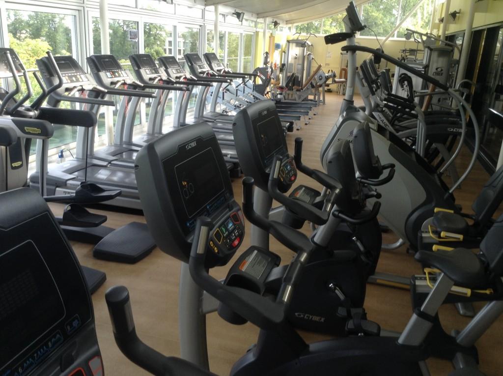 running machine and gym equipment